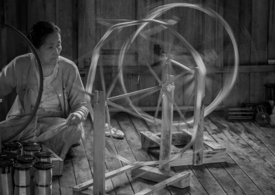 Spinning, Inle Lake, Myanmar