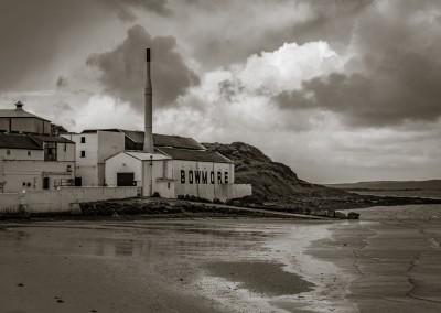 Bowmore Distillery, Islay