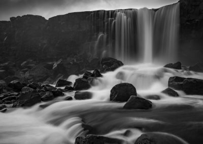 Oxararfoss Waterfall, Oceanic plate boundary