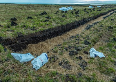 Digging Peat, Islay