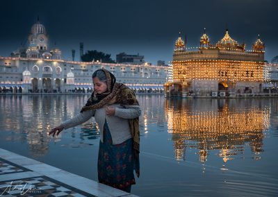 Woman at Golden Temple